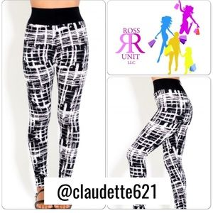 Pants - Black and White Leggings